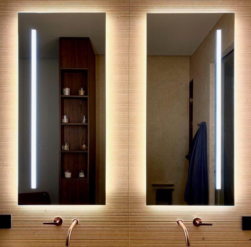 Specchio su misura retroilluminato